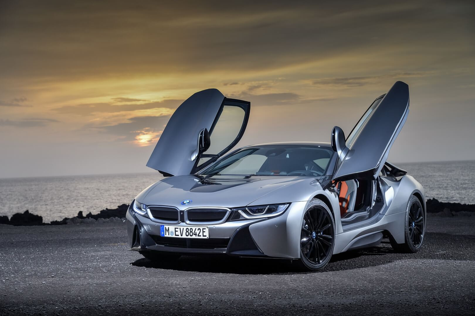 BMW i8 Сoupe 2018-exterior-3