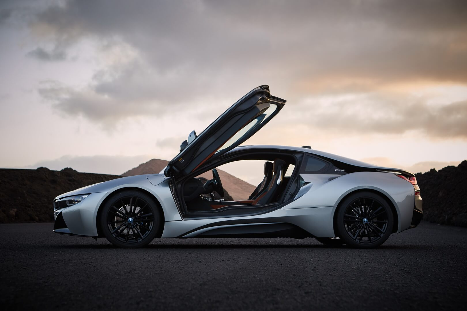 BMW i8 Сoupe 2018-exterior-4