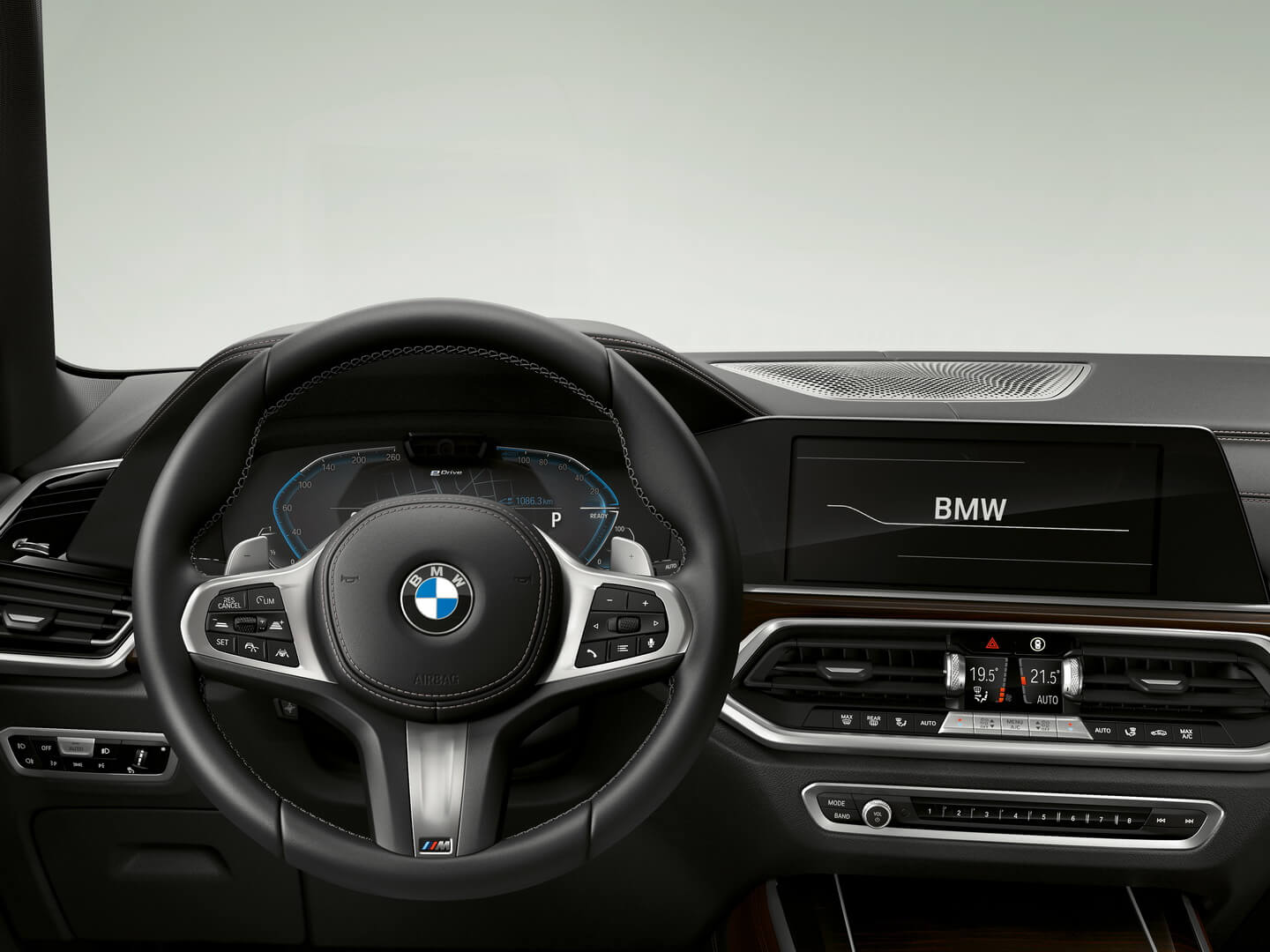 BMW X5 XDrive45e-interior-1