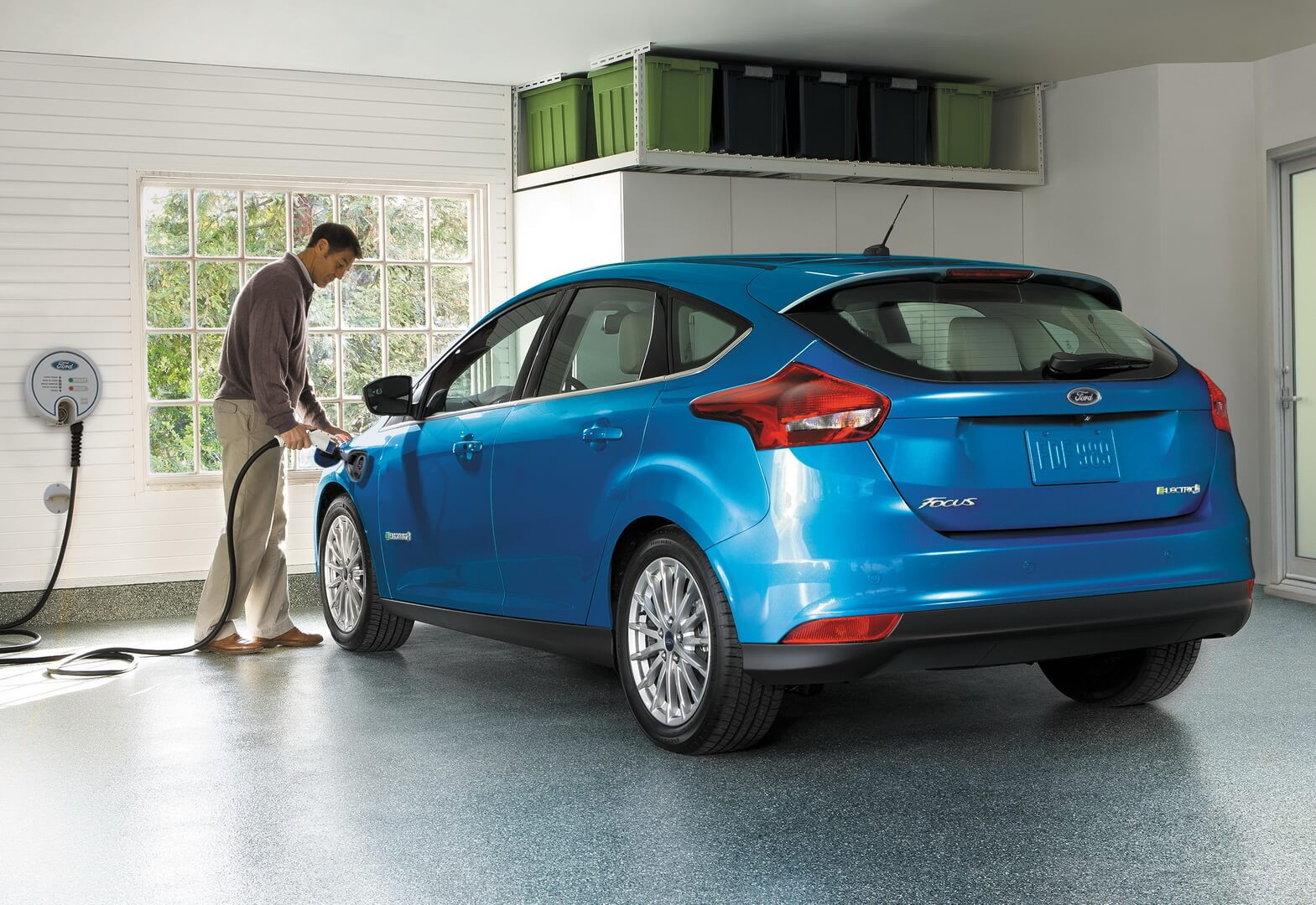 Ford Focus Electric 34kwh-exterior-11