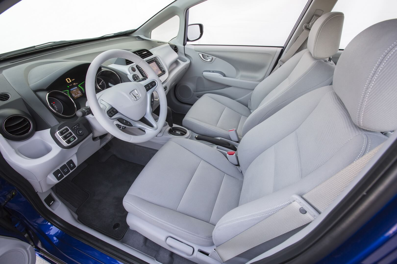 Honda Fit EV-interior-29