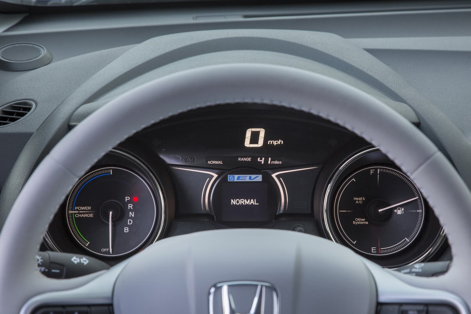 Honda Fit EV-interior-17