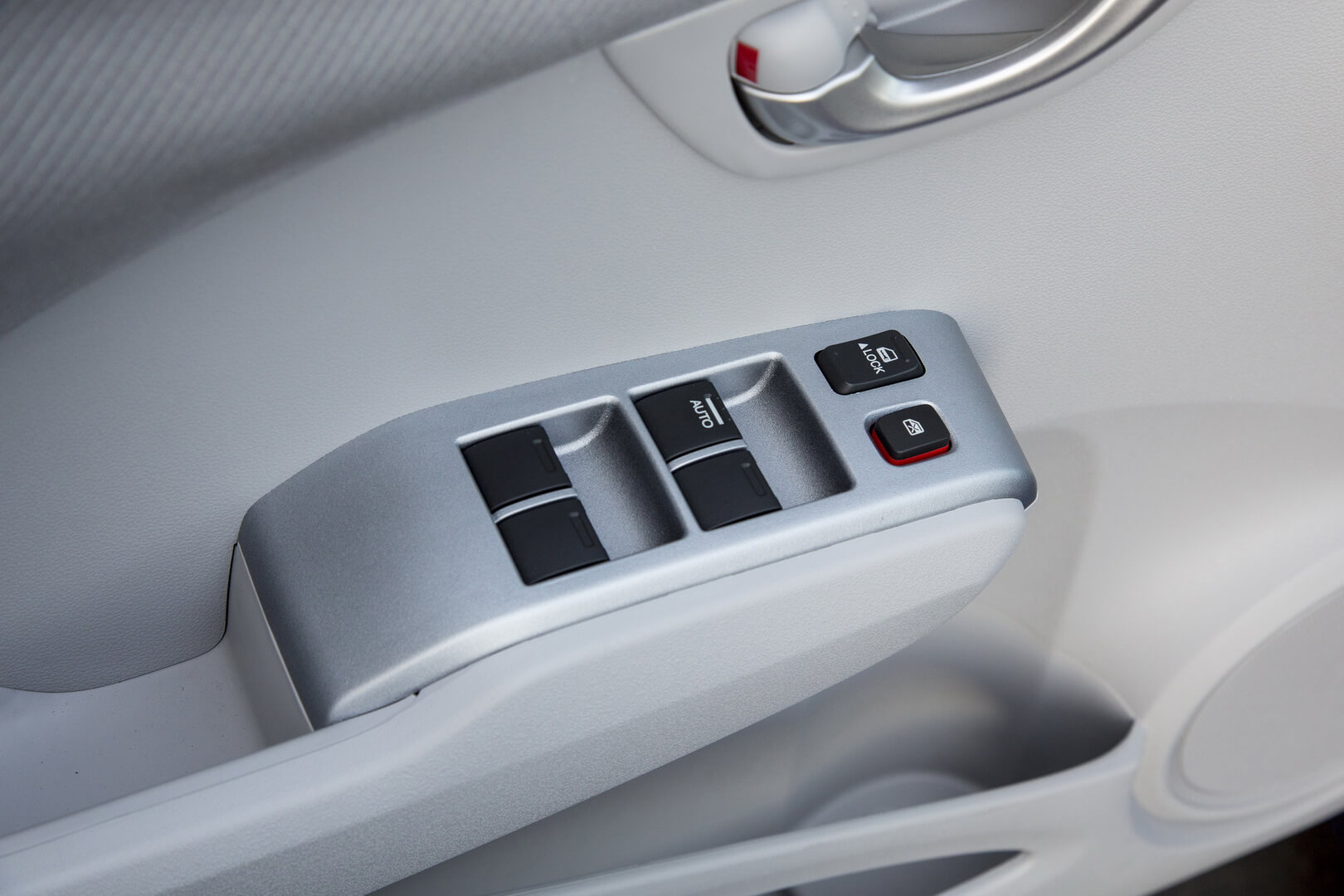 Honda Fit EV-interior-4