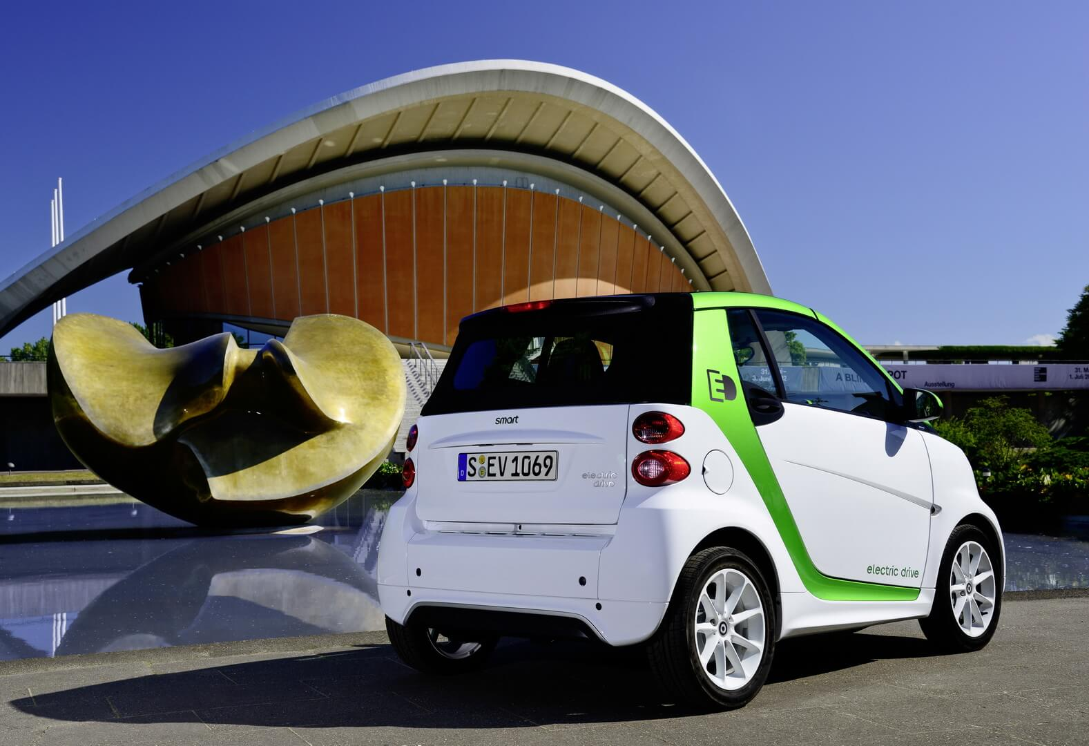 Smart Fortwo Electric Drive 2012-exterior-16