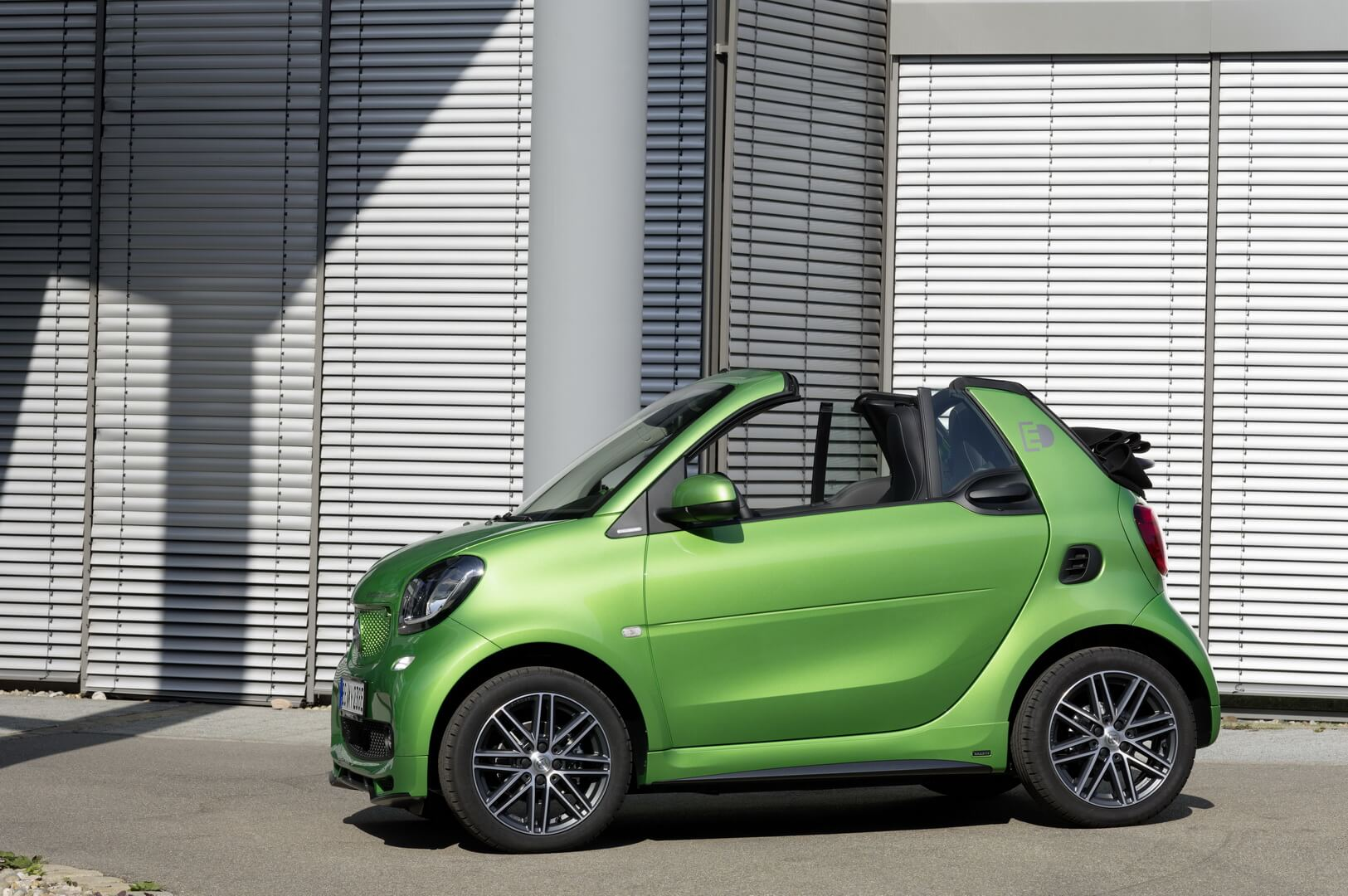 Smart Fortwo Electric Drive 2017-exterior-1