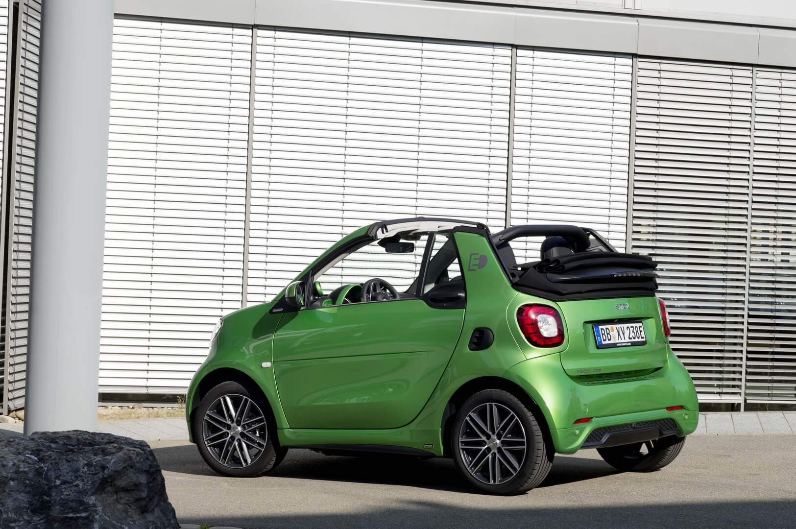 Smart Fortwo Electric Drive 2017-exterior-2