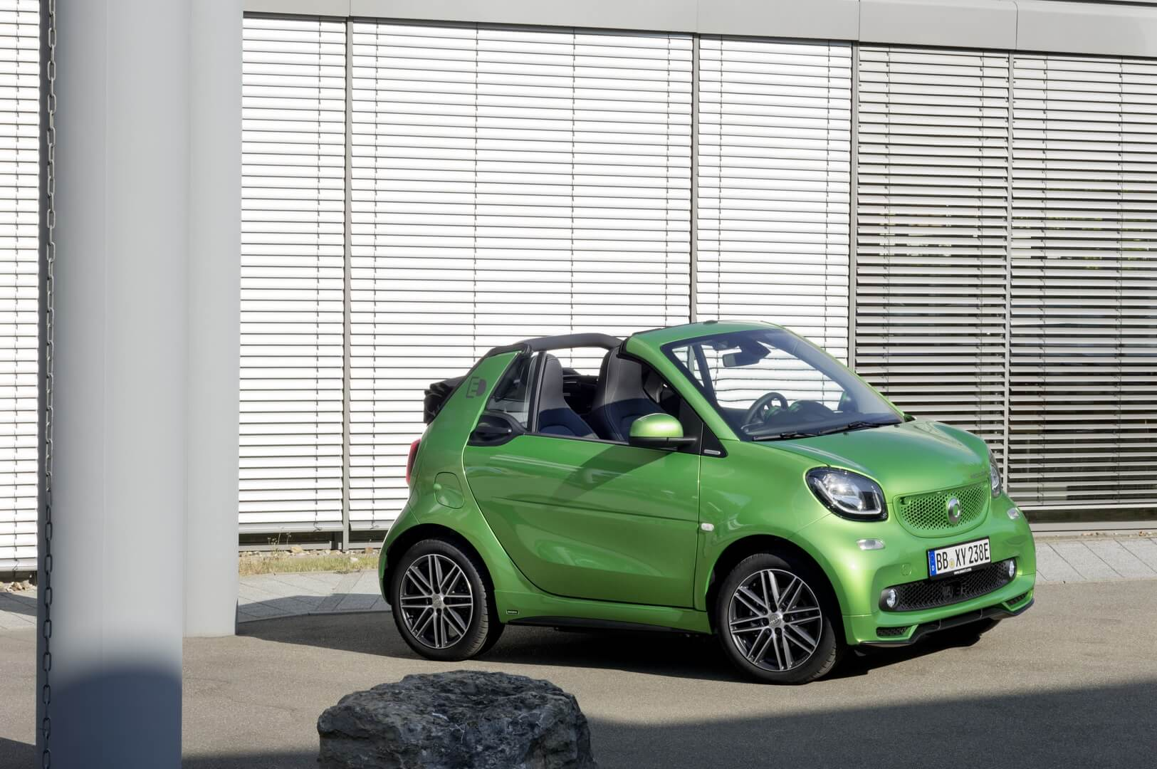 Smart Fortwo Electric Drive 2017-exterior-8