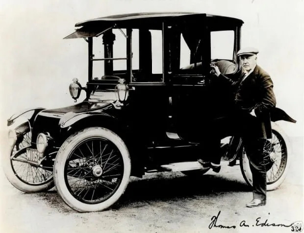 Ford T. Detroit Electric